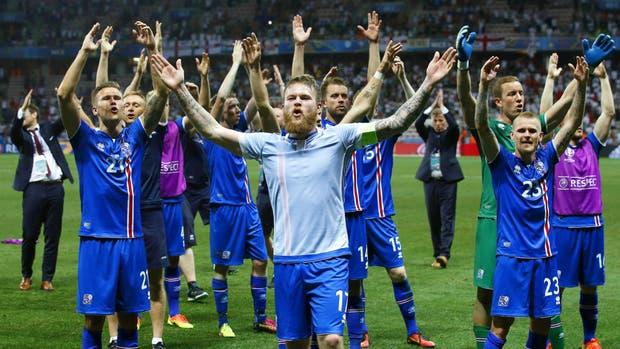 Islandia celebra la victoria contra Inglaterra en la Euro 2016
