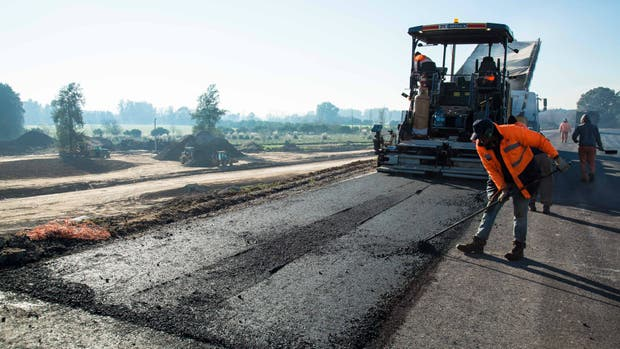 El mes de julio cerró con un consumo de 49.838 toneladas de asfalto vial, récord histórico para este mes