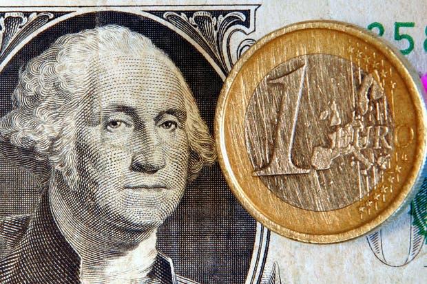 El dólar blue retrocede por sexta rueda consecutiva
