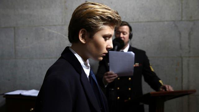 Donald Trump chega a Barron, seu filho de 11 anos no escândalo Rusiagate