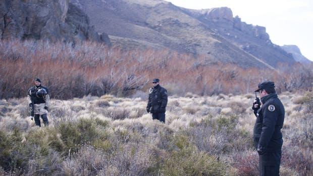 Las fuerzas de seguridad iniciaron ayer el rastrillaje en los márgenes del río Chubut
