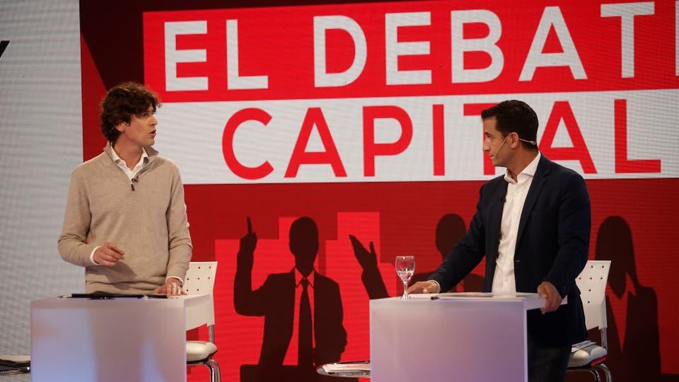 Elisa Carrió (Vamos Juntos), Daniel Filmus (Unidad Porteña), Martín Lousteau (Evolución), Matías Tombolini (1 País) y Marcelo Ramal (Frente de Izquierda y los Trabajadores) durante el debate. Foto: LA NACION / Santiago Filipuzzi