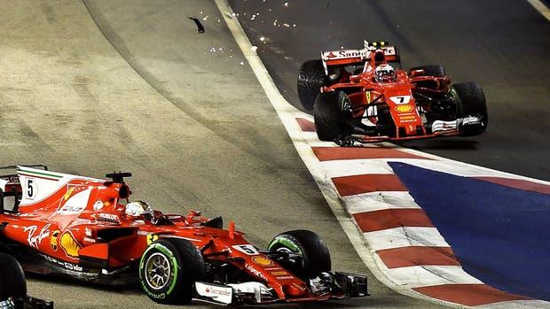 Las Ferrari y el momento del choque en Singapur