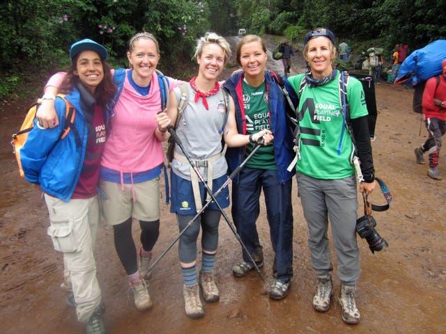Josefina Martorell (izq.) con parte del equipo. FOTO: Dana Rosiger.