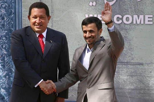 Visita oficial a Irán para impulsar el desarrollo de los lazos entre ambos países y ampliar la cooperación bilateral en septiembre de 2009. Foto: Archivo