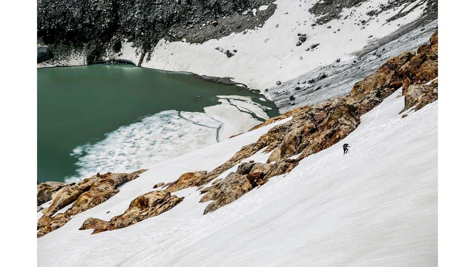 Laguna vista desde el Paso Del Cuadrado, ubicado a 1830 msnm. Foto: LA NACION / Emiliano Lasalvia