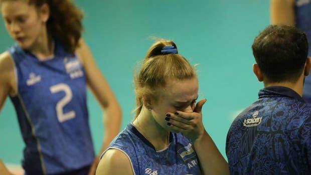 Las lágrimas de las chicas tras la derrota ante Dominicana