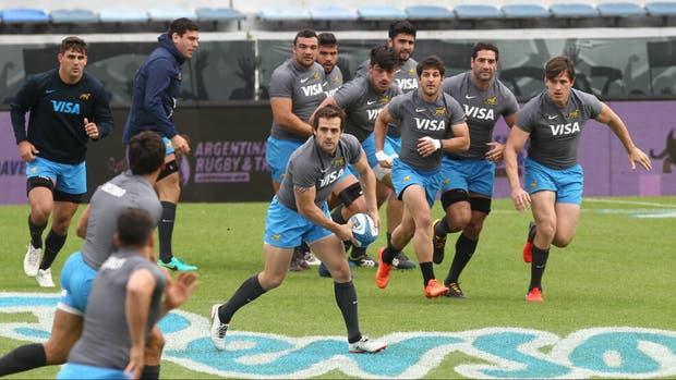 Los Pumas durante el Captains Run en Vélez, que este sábado estará colmado para ver un choque siempre atrayente con los míticos All Blacks