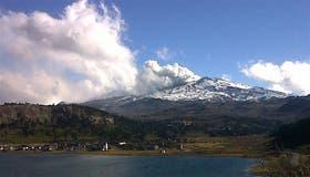 El volcán Copahue puede entrar en erupción en cualquier momento, los habitantes de sus alrededores fueron evacuados