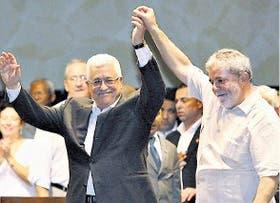 Abbas visitó a Lula en Brasil; hoy arribará a la Argentina