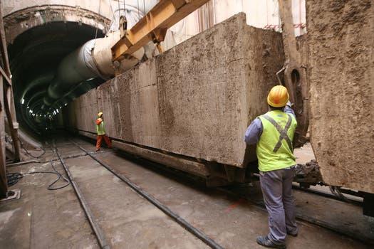 Una recorrida por las obras por donde pasará al arroyo Maldonado. Foto: LA NACION / Maxie Amena