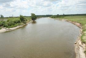 Las inundaciones del río Salado, en Santa Fe, aumentaron los riesgos de leptospirosis