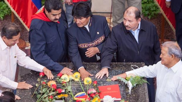 Maduro, Evo y Ortega, ayer, en el homenaje a Chávez, en Caracas