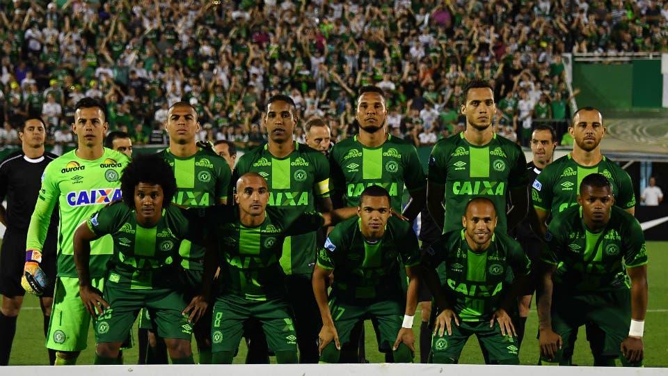 Una de las últimas imágenes: el equipo de Chapecoense antes de jugar contra San Lorenzo foto: AFP