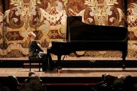 Una velada excepcional donde la pianista supo moverse con solvencia