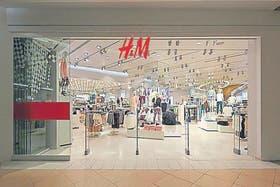 Tienda de H&M en Santiago; sumará tres más