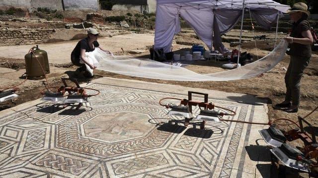 Muchos de los mosaicos se mantienen prácticamente intactos.