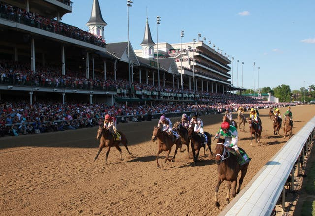 En Kentucky fue donde comenzaron las carreras de caballos en Estados Unidos girando hacia la izquierda