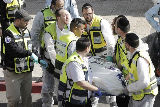 El ataque fue celebrado por Hamas y la Yihad Islámica, las dos principales fuerzas islamistas palestinas