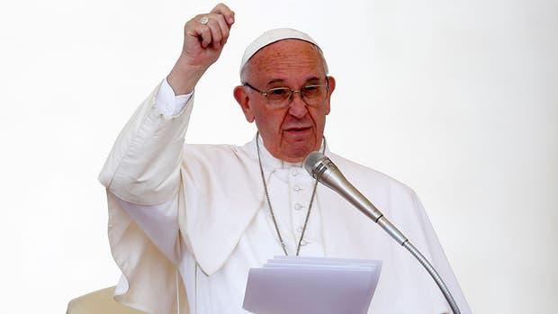 Francisco pidió que cese la violencia en Venezuela
