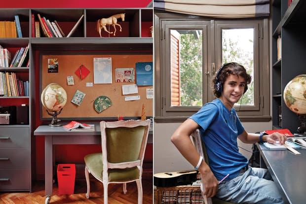 El área de estudio se armó con una biblioteca en U de 3 m con terminación de laca gris con estantes y cajones, un escritorio de la línea 'Vicente' y un panel de corcho con marco para anotaciones y recuerdos.  /Daniel Karp