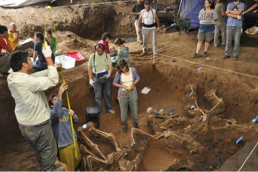 Hallan una fosa común de inhumación en un centro clandestino de detención en la provincia de Tucumán. Foto: Fotos CIJ