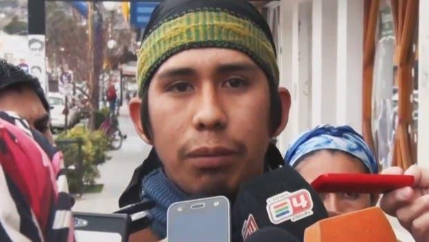 Santana dice que le prestó una campera celeste a Maldonado y que luego lo vio con binoculares