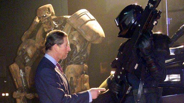 Recorrió el Elstree Studios en Hertfordshire en Inglaterra, en donde se fotografió con personajes de la Guerra de las Galaxias