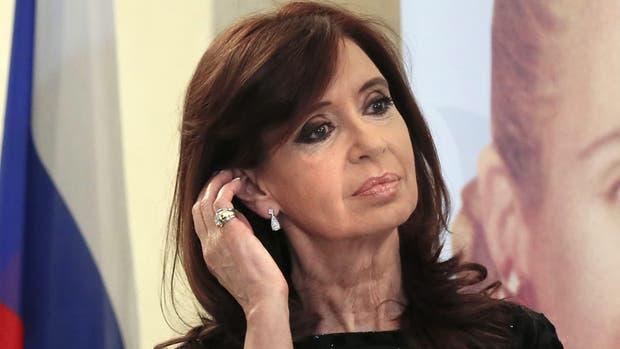 La ex presidenta Cristina Kirchner supo de los allanamientos simultáneos mientras estaba en su casa de Mascarello 441, en Río Gallegos