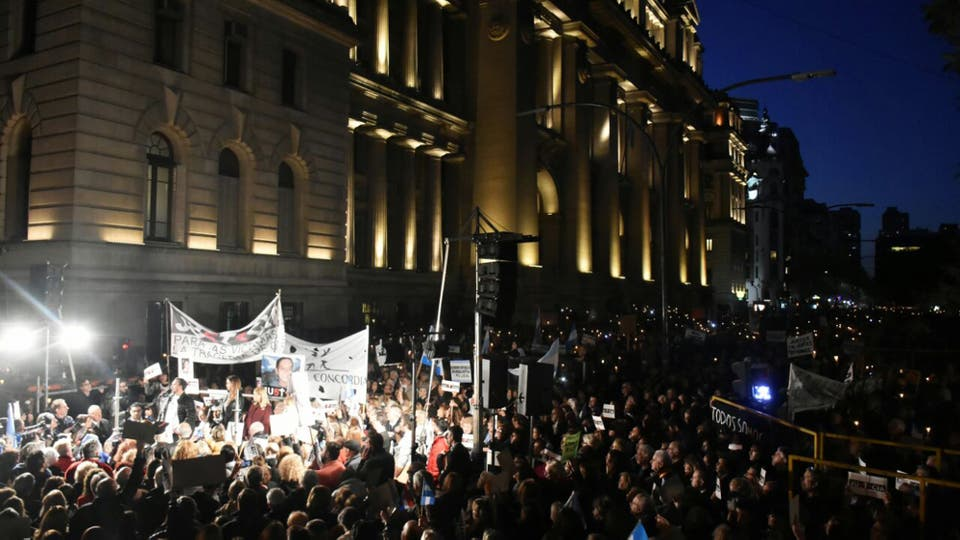 Marcha contra la corrupción en Tribunales. Foto: DyN / Tony Gomez