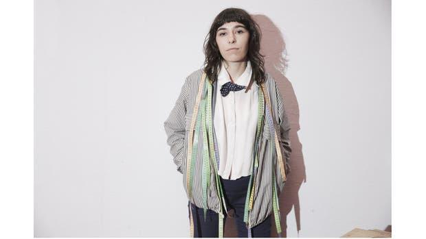 Florencia Dacal pone en valor y recupera ropa para mujer y hombre, pensadas desde la diversidad y sustentabilidad.