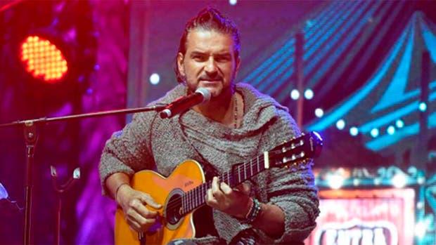 El cantante guatemalteco presentó su nuevo single