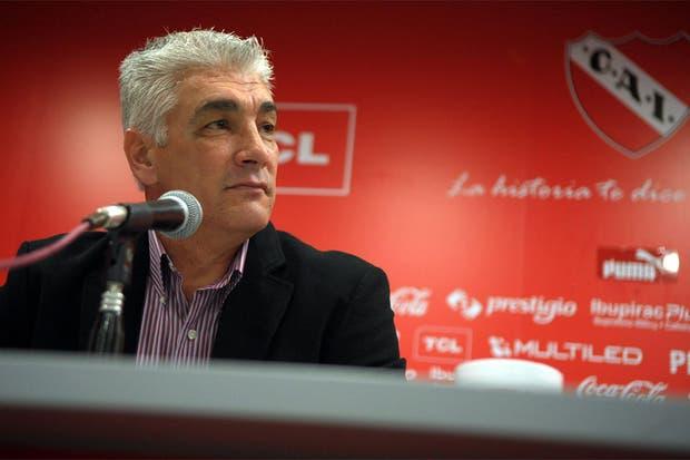 Omar De Felippe, en conferencia de prensa