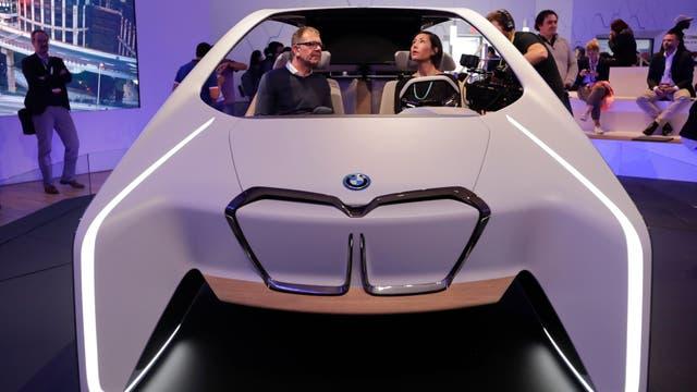 La maqueta del auto autónomo de BMW e Intel que tenían en la CES 2017