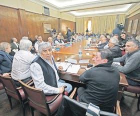 La CGT, en una de sus últimas reuniones; Moyano tiene como bandera la pelea por los fondos de salud