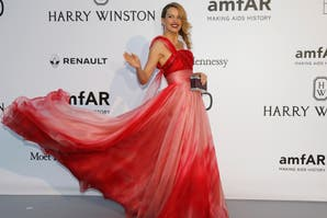 Blanco, negro y rojo, los tonos elegidos de la gala de amfAR Festival de Cannes 2016