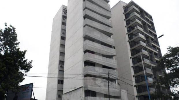Tucumán: nene cayó de un noveno piso y sobrevivió