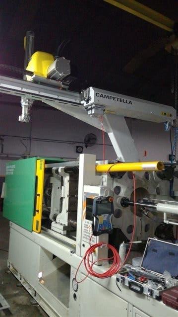 Una de las máquinas robóticas de Campetella para la industria del packaging