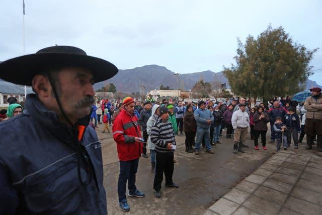 En la asamblea de la comunidad Cushamen, condenaron los actos de violencia de RAM