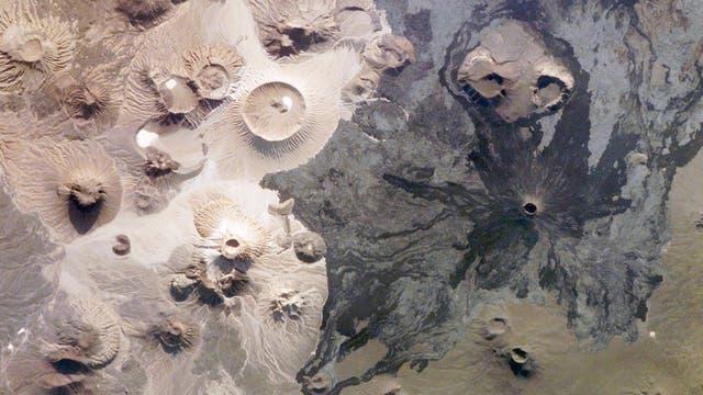 Las estructuras fueron halladas en el centro oeste de Arabia Saudita, en una región llamada Harrat Khaybar. (Foto: NASA)