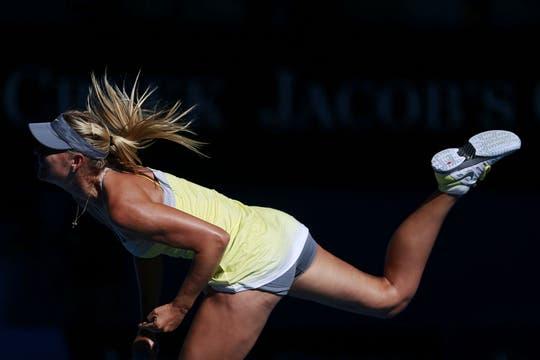 Sharapova, el centro de las miradas, ya está en semifinales. Foto: Reuters