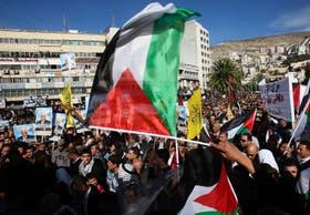 """Decenas de miles de palestinos celebraron hoy que Palestina sea reconocida como """"Estado observador no miembro"""" de la ONU."""