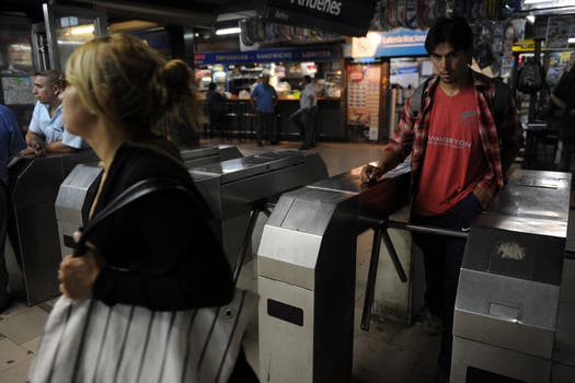Los molinetes fueron liberados en la mayoría de las estaciones. Foto: Télam