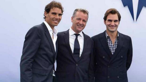 Rafael Nadal; Chris Kermode, presidente de la ATP, y Roger Federer