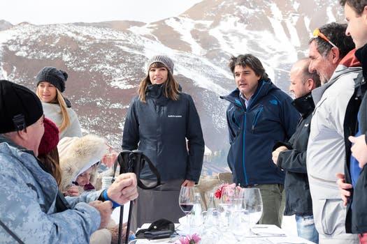 Galicia Éminent sorprendió a sus clientes con un almuerzo en plena montaña.