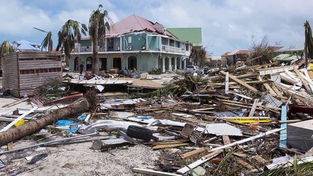 La isla de Saint Maarten, con cinco muertos y el 60% de las viviendas inhabitables, fue una de las más destruidas por el paso del huracán Irma.