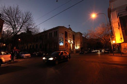 La esquina del barrio porteño de Colegiales donde sus compañeras la vieron por ultima vez. Foto: LA NACION / Matias Aimar