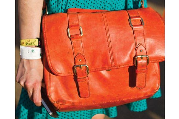 Estilo portafolios en accesorios para toda hora. Foto: Gabriela Goldberg