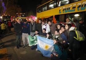 Con fervor y emoción, los jóvenes emprendieron anoche desde la Catedral su peregrinaje hacia Río