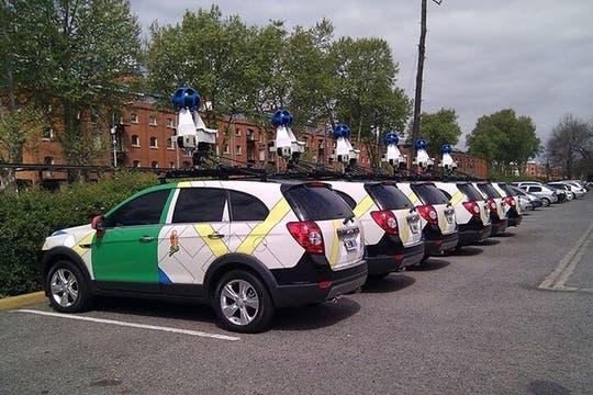 Después del Congreso, llevaron los autos a Puerto Madero (donde están las oficinas de Google Argentina). Foto: Twitter/mauro_ferrara
